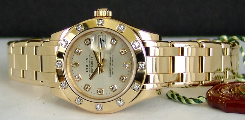 Ladies Rolex Oyster Perpetual Pearlmaster